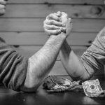 年収500万円は高収入?独身の場合は裕福な暮らしができるのか?